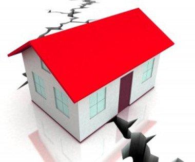 Costruzioni in zona sismica, necessario il controllo preventivo della P.A.